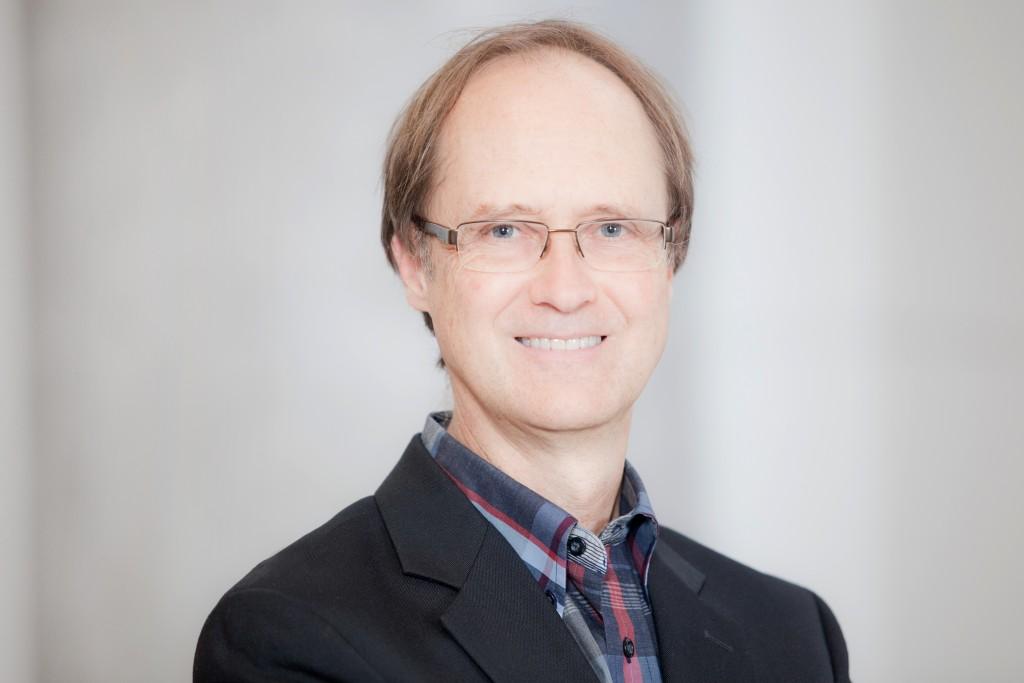 Dr. Vincent Corbeil